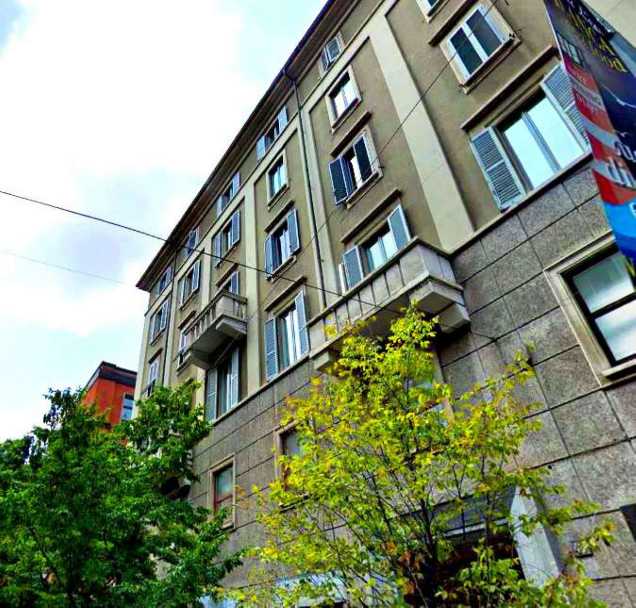 Negozio-locale in Vendita a Milano 01 Centro storico (Cerchia dei Navigli):  1 locali, 50 mq  - Foto 1