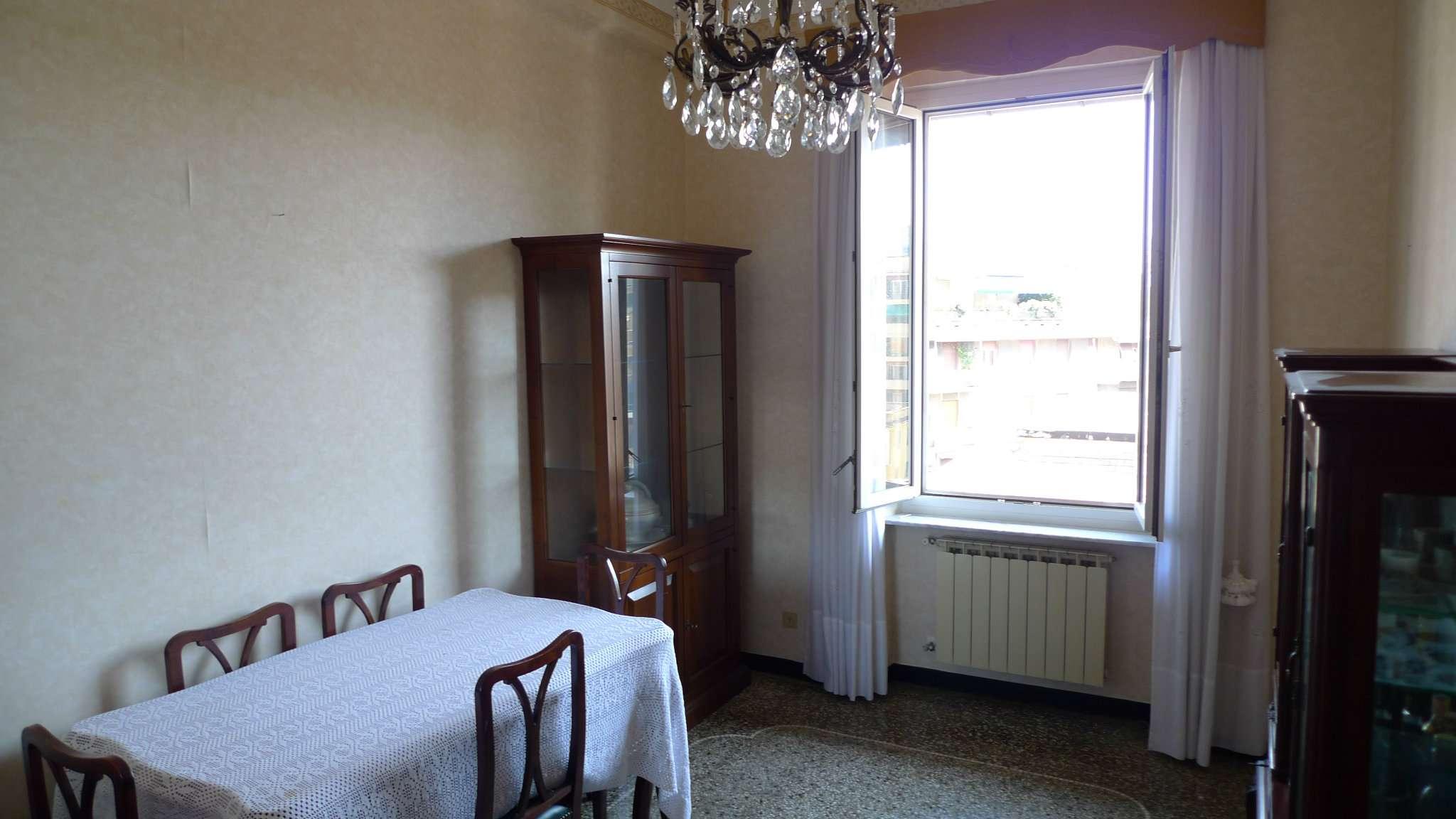 Bilocale Genova Via Marassi 6