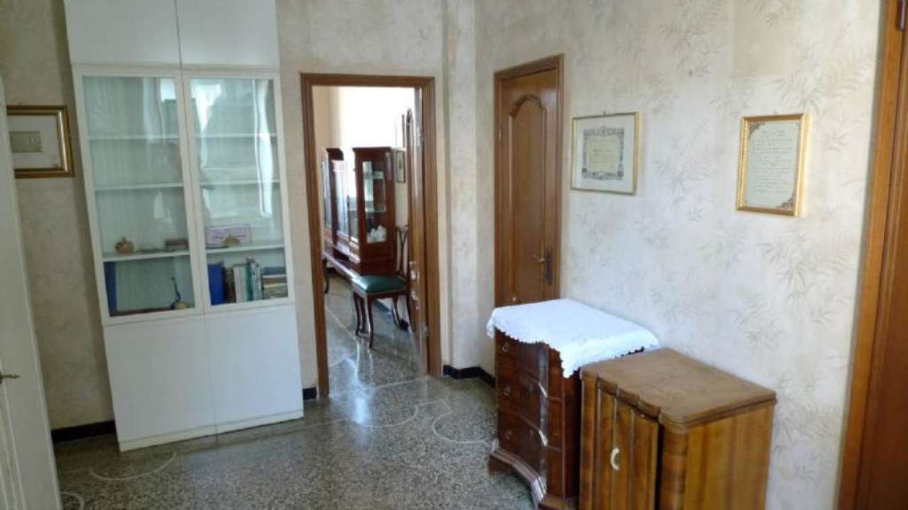 Bilocale Genova Via Marassi 3