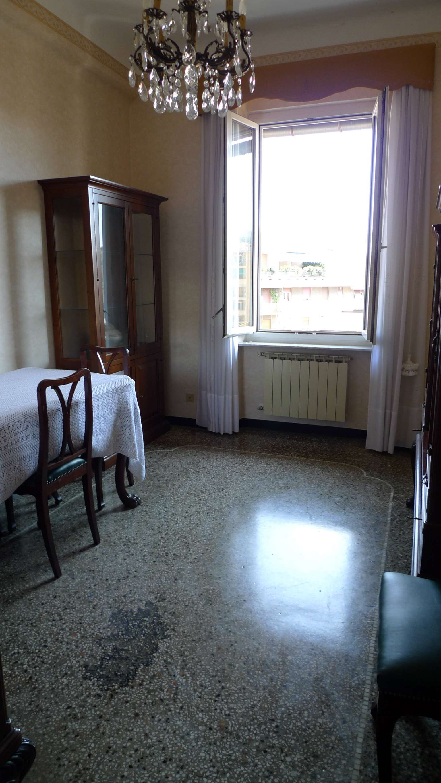 Bilocale Genova Via Marassi 8