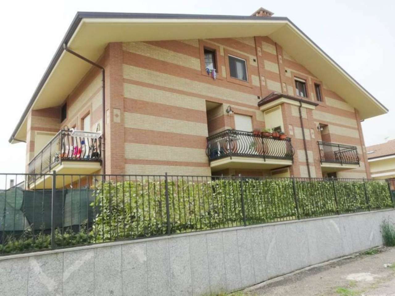 Bilocale Orbassano Via Ticino 8