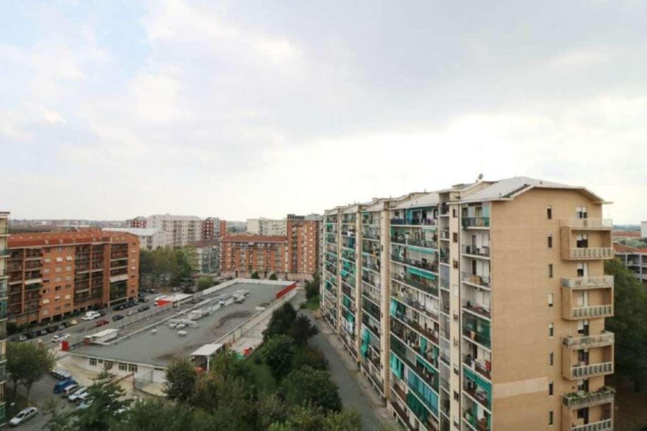 Bilocale Torino Corso Cosenza 8