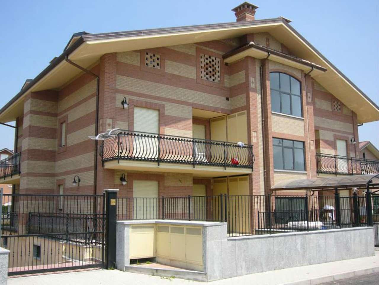 Appartamento in affitto a Orbassano, 2 locali, prezzo € 500 | CambioCasa.it
