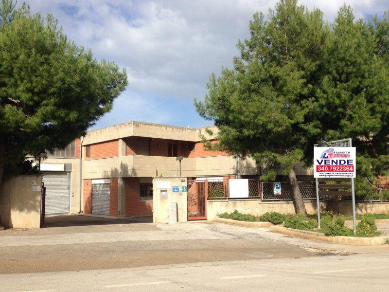 Capannone in vendita a Bari, 9999 locali, prezzo € 550.000 | Cambio Casa.it