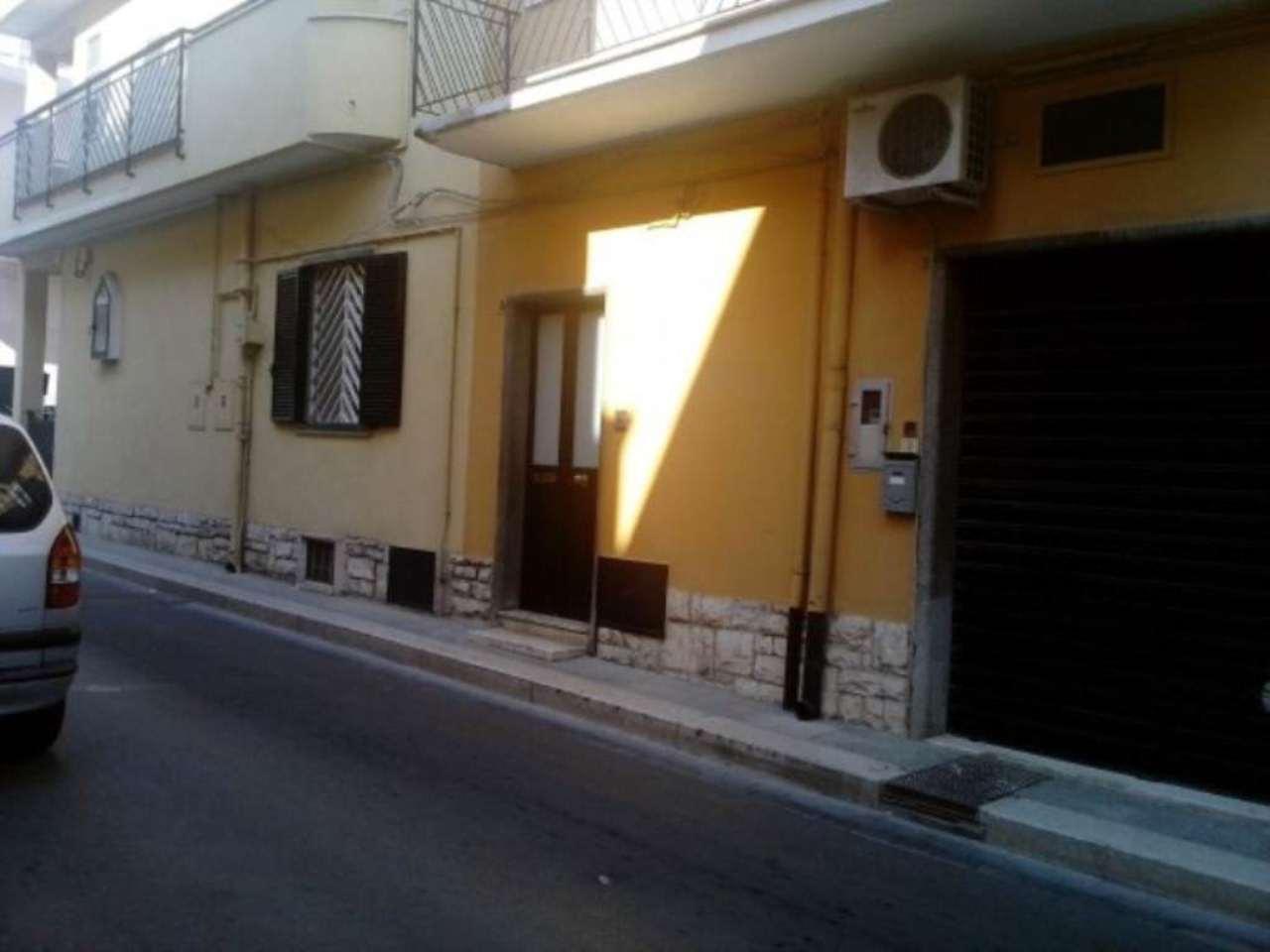 Bilocale Modugno Via Giuseppe Maranda 9