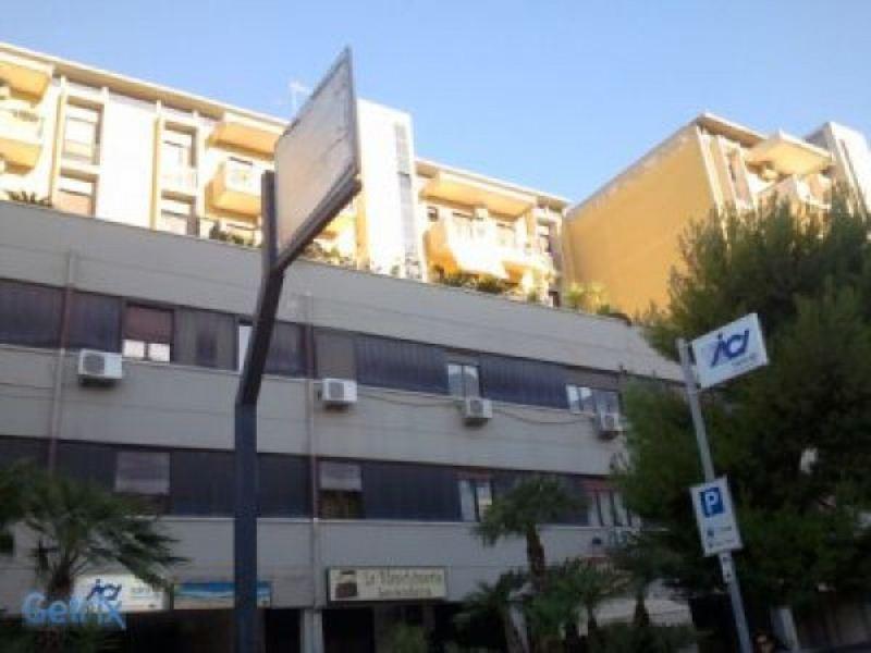 Ufficio / Studio in vendita a Modugno, 2 locali, prezzo € 105.000   Cambio Casa.it