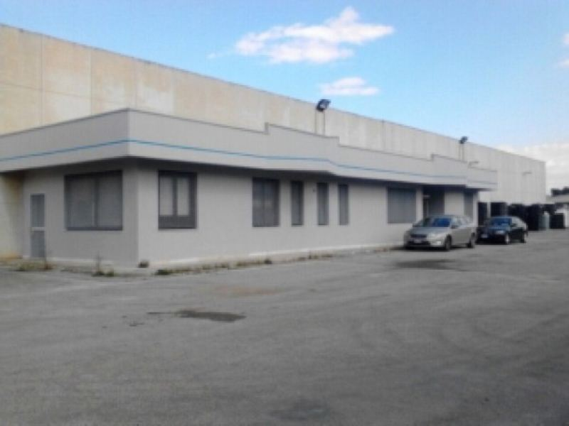 Capannone in vendita a Bari, 1 locali, prezzo € 1.450.000 | Cambio Casa.it