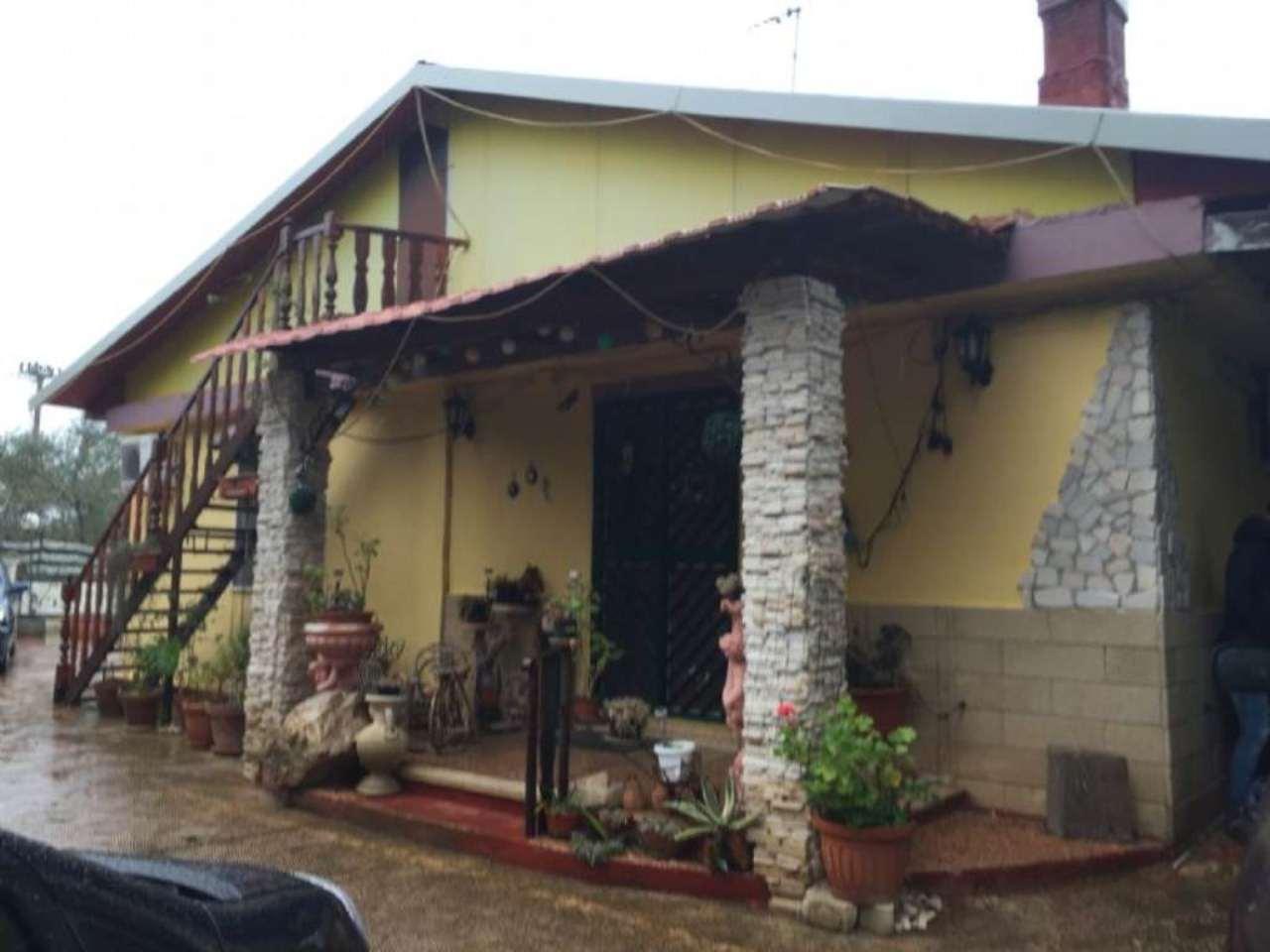 Villa in vendita a Modugno, 3 locali, prezzo € 135.000 | Cambio Casa.it