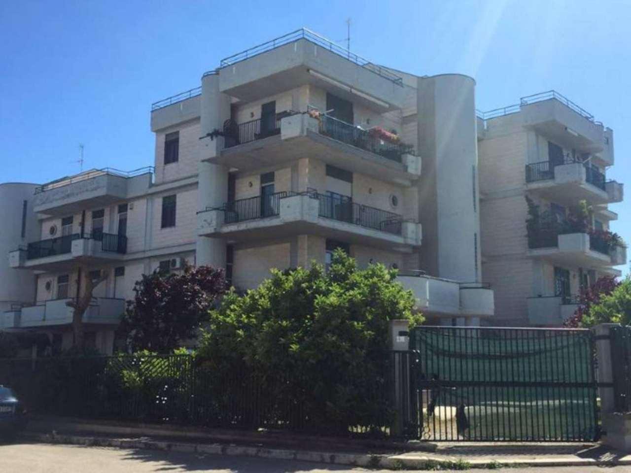 Appartamento in vendita a Bitetto, 3 locali, prezzo € 120.000 | Cambio Casa.it