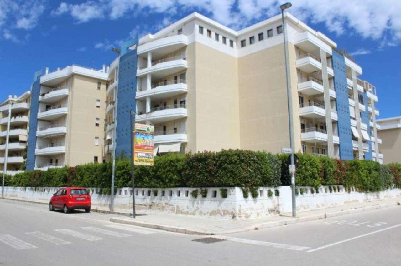 Appartamento in vendita a Modugno, 3 locali, prezzo € 218.000 | Cambio Casa.it