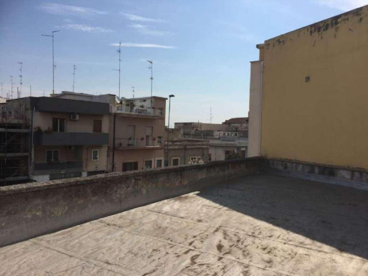 Soluzione Indipendente in vendita a Modugno, 4 locali, prezzo € 215.000 | Cambio Casa.it