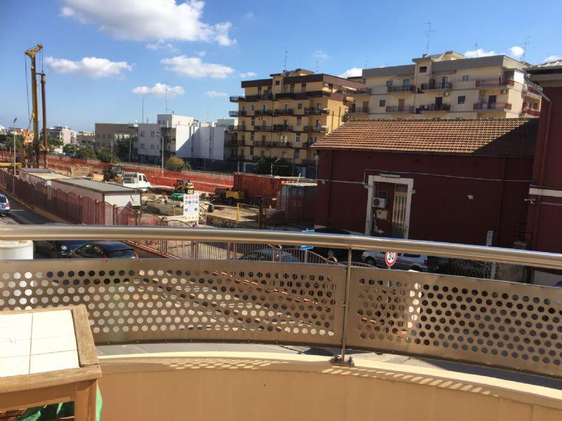 Appartamento in vendita a Modugno, 4 locali, prezzo € 185.000 | Cambio Casa.it