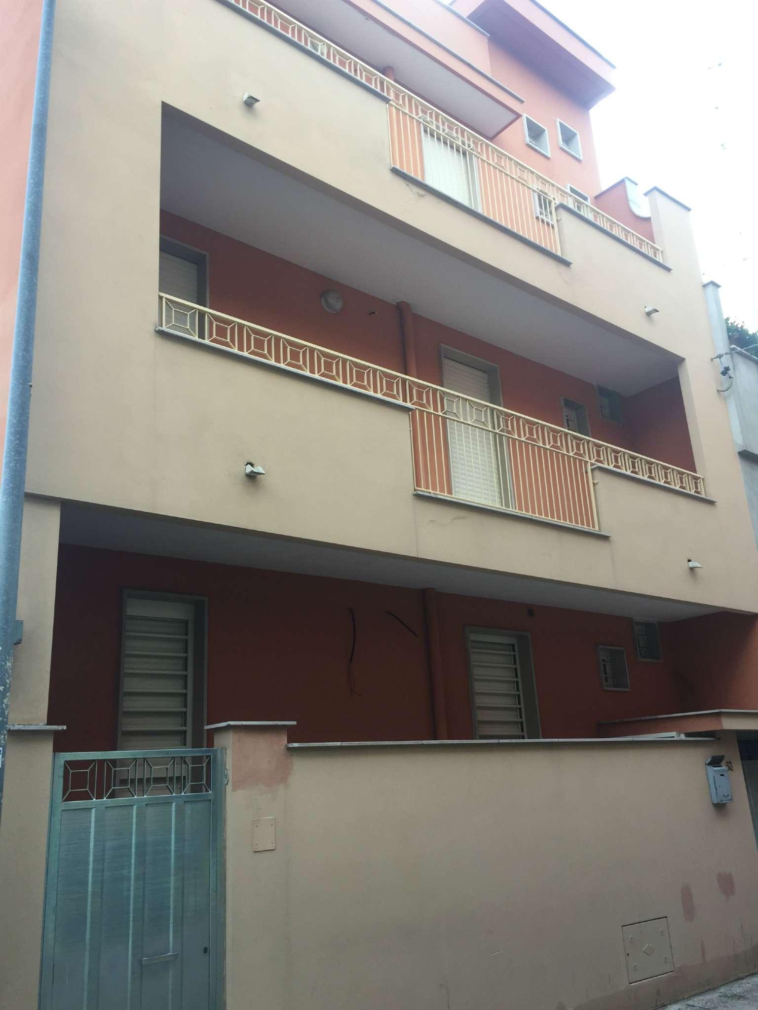 Soluzione Indipendente in vendita a Modugno, 4 locali, Trattative riservate | Cambio Casa.it