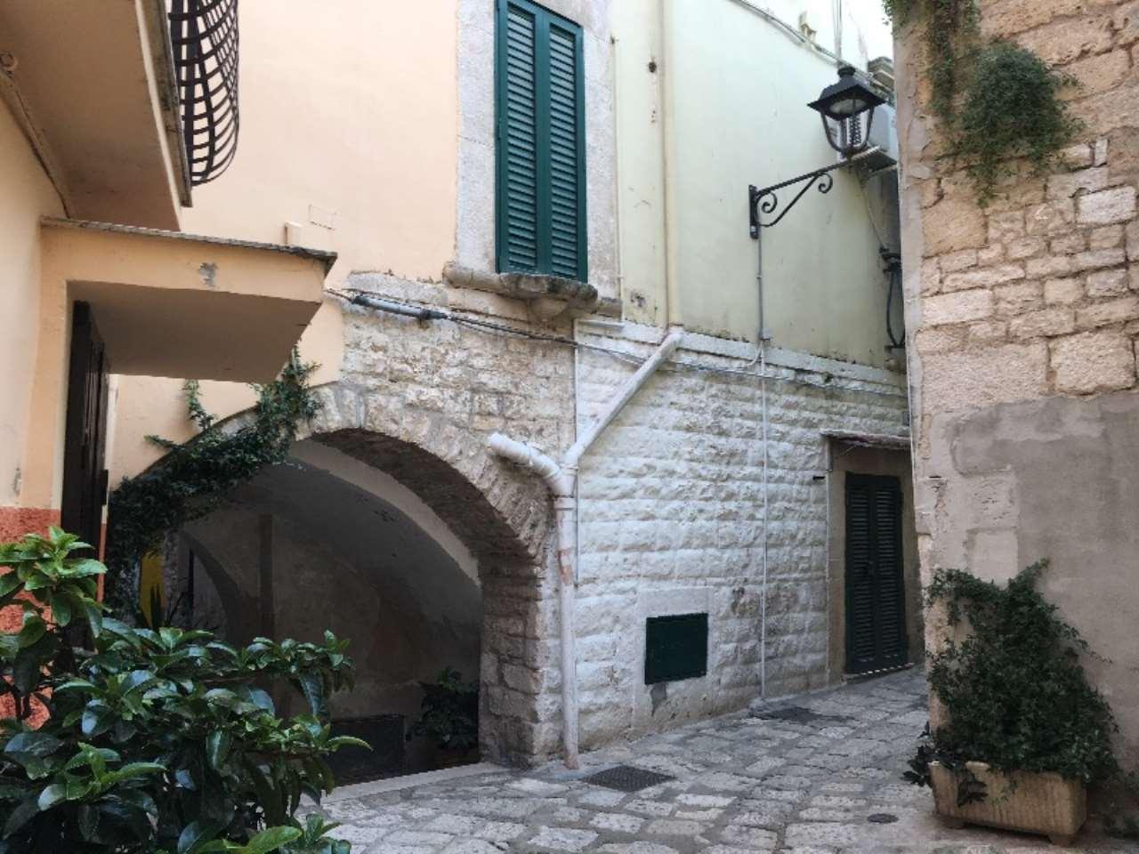 Soluzione Indipendente in vendita a Bitonto, 6 locali, prezzo € 138.000 | Cambio Casa.it