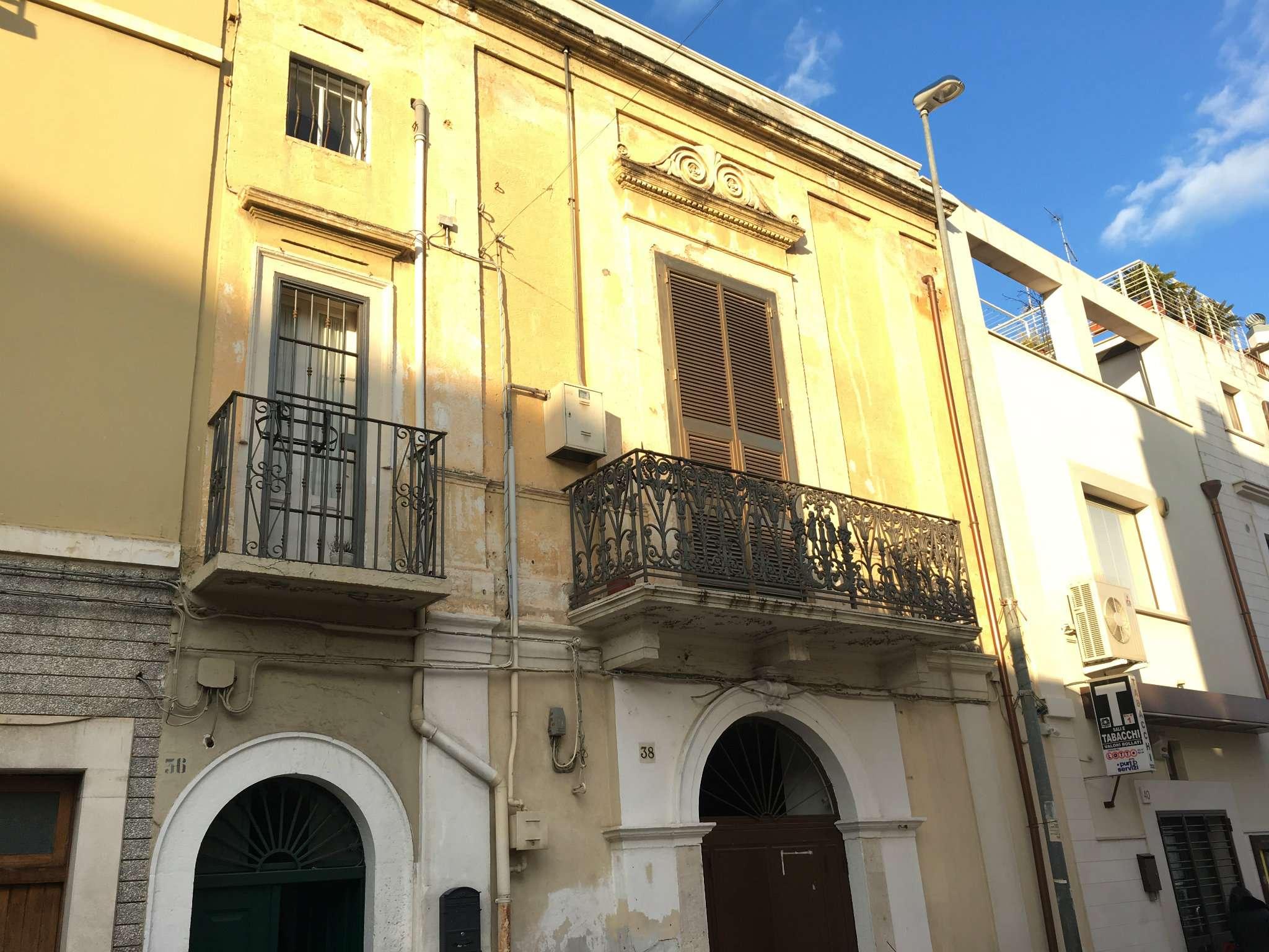 Soluzione Indipendente in vendita a Modugno, 4 locali, prezzo € 175.000 | Cambio Casa.it