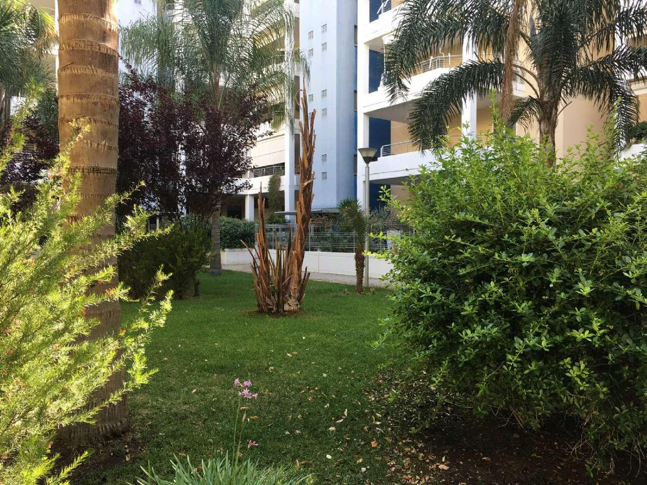 Appartamento in vendita a Modugno, 4 locali, prezzo € 198.000 | Cambio Casa.it