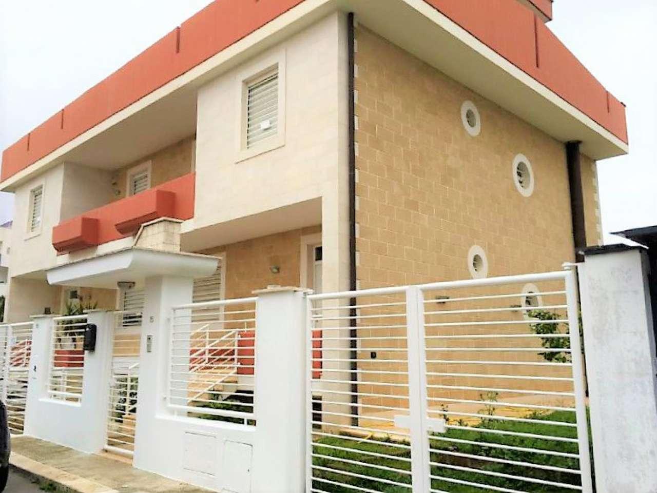 Villa unifamiliare 6 locali in vendita a Modugno (BA)