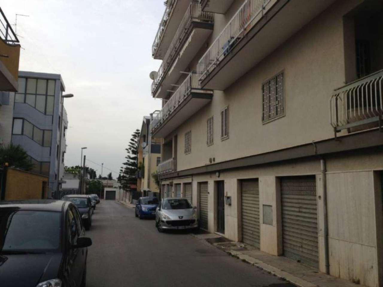 Appartamento in vendita a Modugno, 5 locali, prezzo € 183.000 | Cambio Casa.it