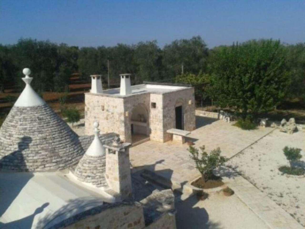 Villa in vendita a Francavilla Fontana, 6 locali, prezzo € 800.000 | CambioCasa.it