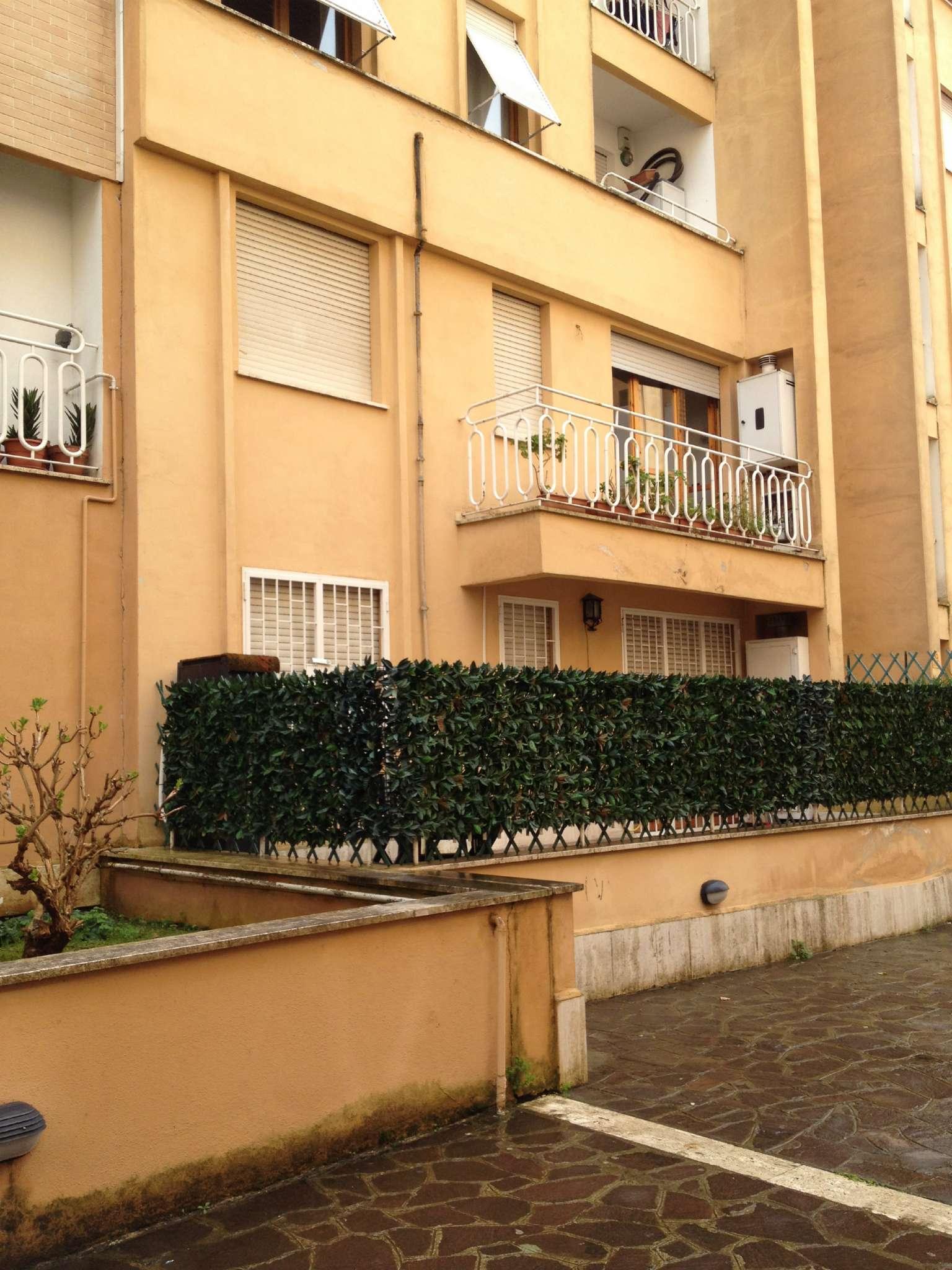 Bilocale vendita roma via margaret mead for Planimetrie dell appartamento del garage di una camera da letto