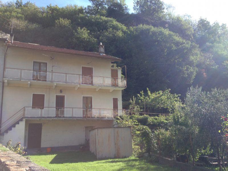 Soluzione Semindipendente in vendita a Carema, 7 locali, prezzo € 130.000 | Cambio Casa.it