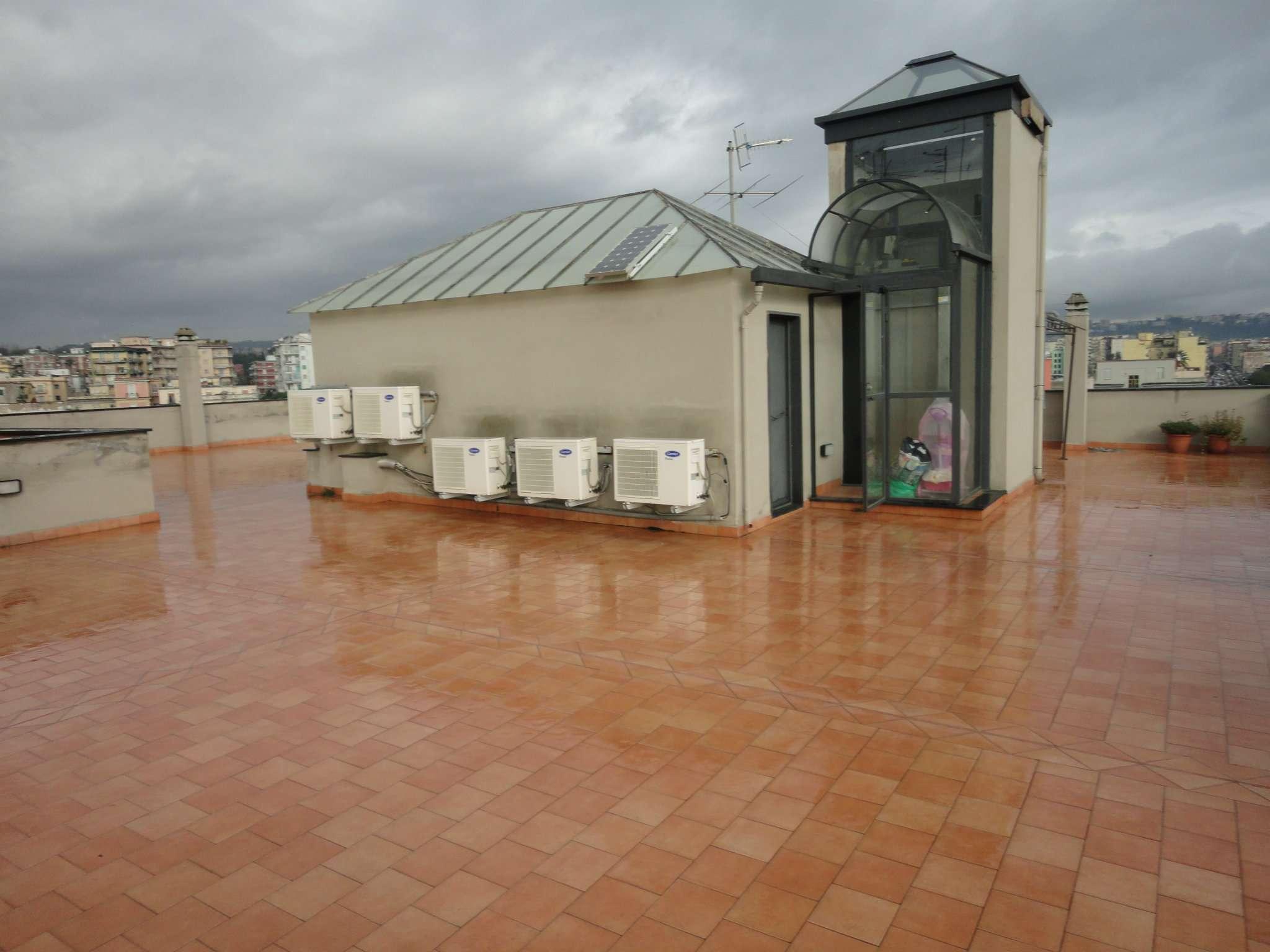 Bilocale Napoli Via Bagnoli 7