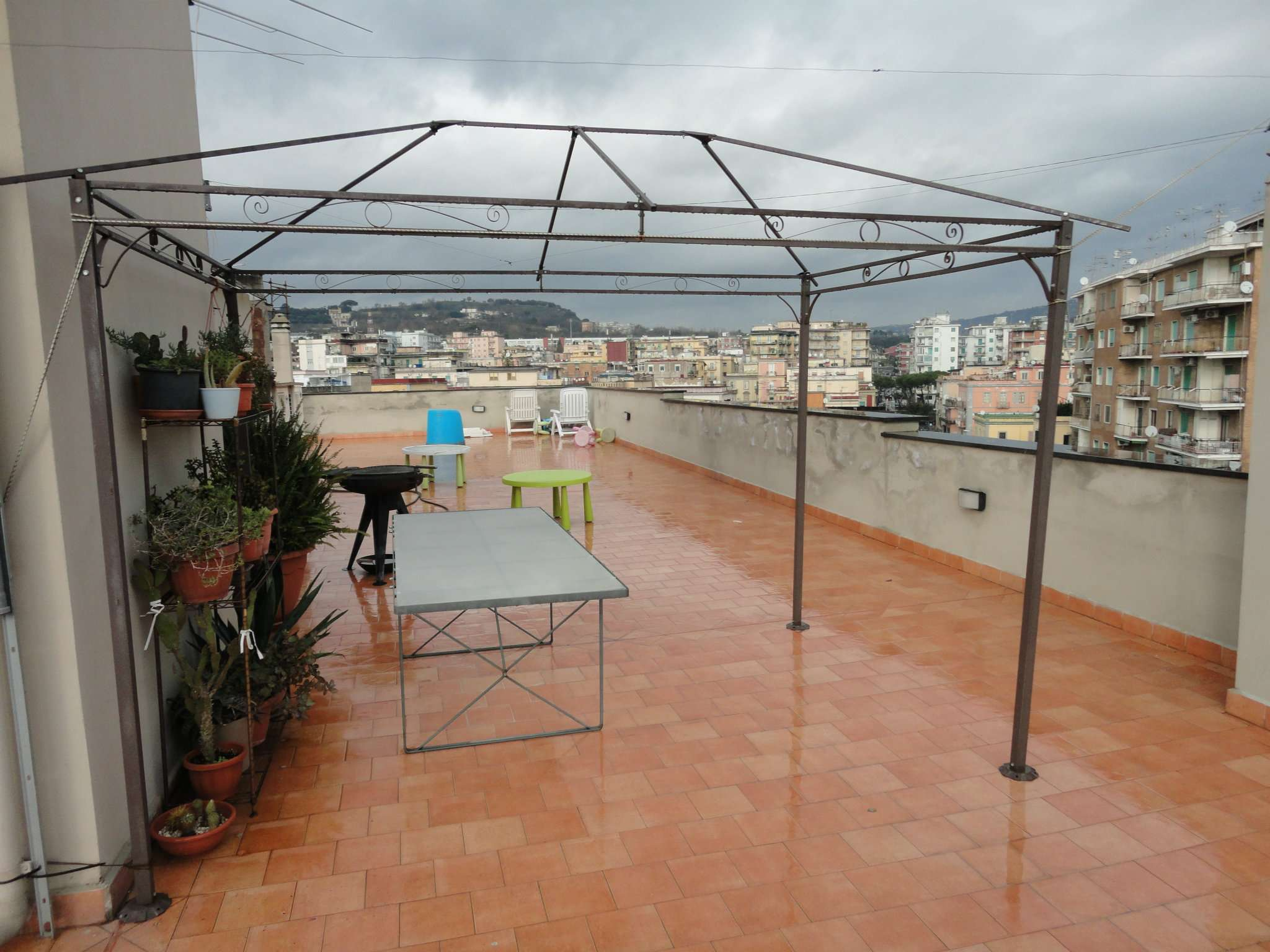 Bilocale Napoli Via Bagnoli 8