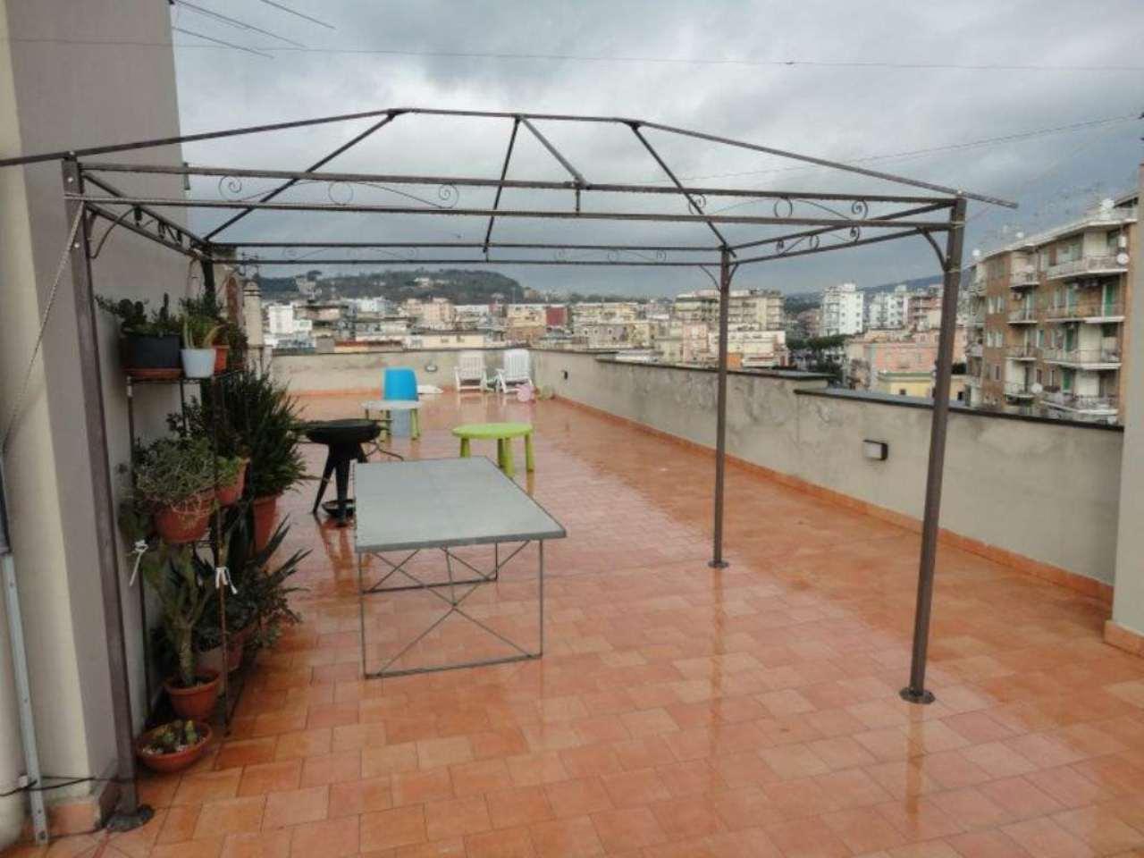 Bilocale Napoli Via Di Bagnoli 8