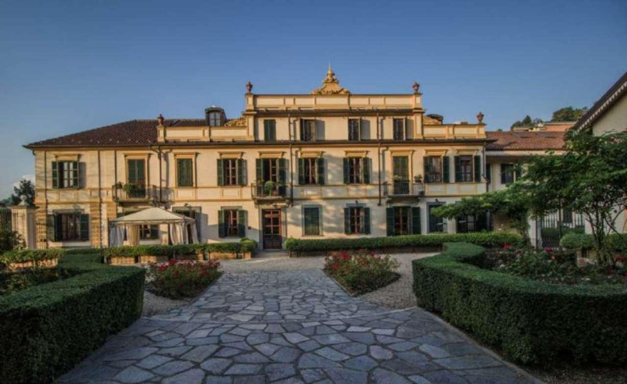 Appartamento in vendita a Moncalieri, 7 locali, prezzo € 920.000 | Cambio Casa.it
