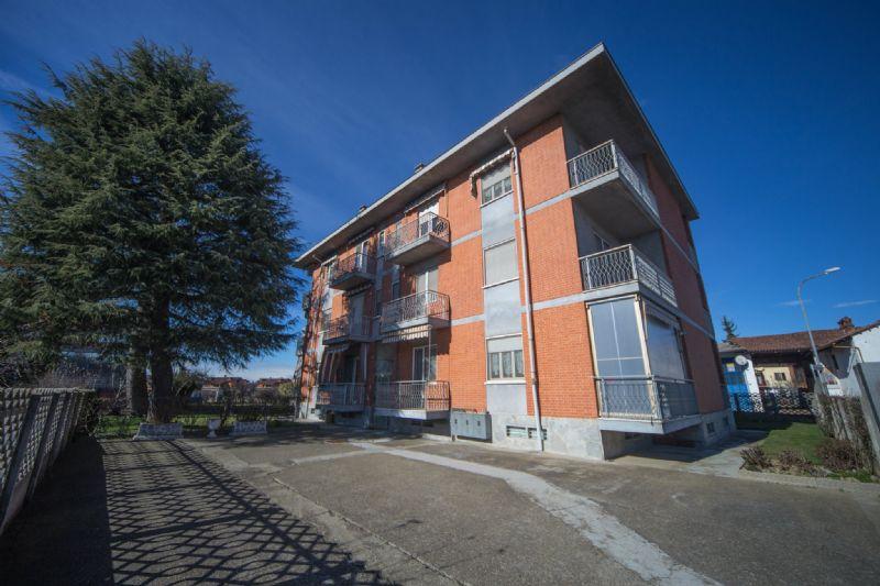 Appartamento in affitto a Poirino, 4 locali, prezzo € 400 | CambioCasa.it