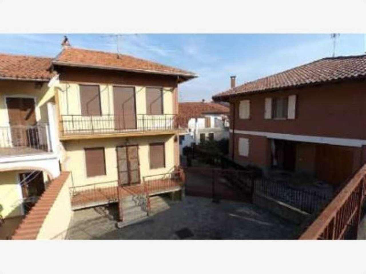 Soluzione Indipendente in vendita a Moncrivello, 4 locali, prezzo € 119.000 | Cambio Casa.it
