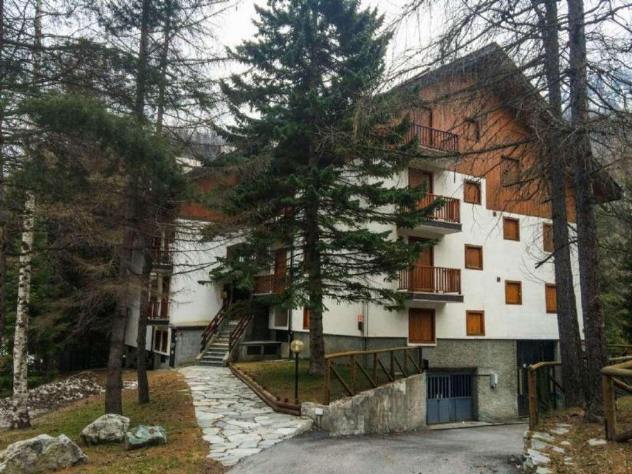 Appartamento in vendita a Claviere, 6 locali, prezzo € 340.000 | CambioCasa.it