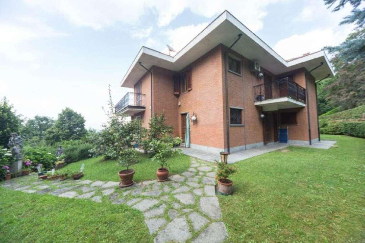Villa Tri-Quadrifamiliare in Vendita a Moncalieri