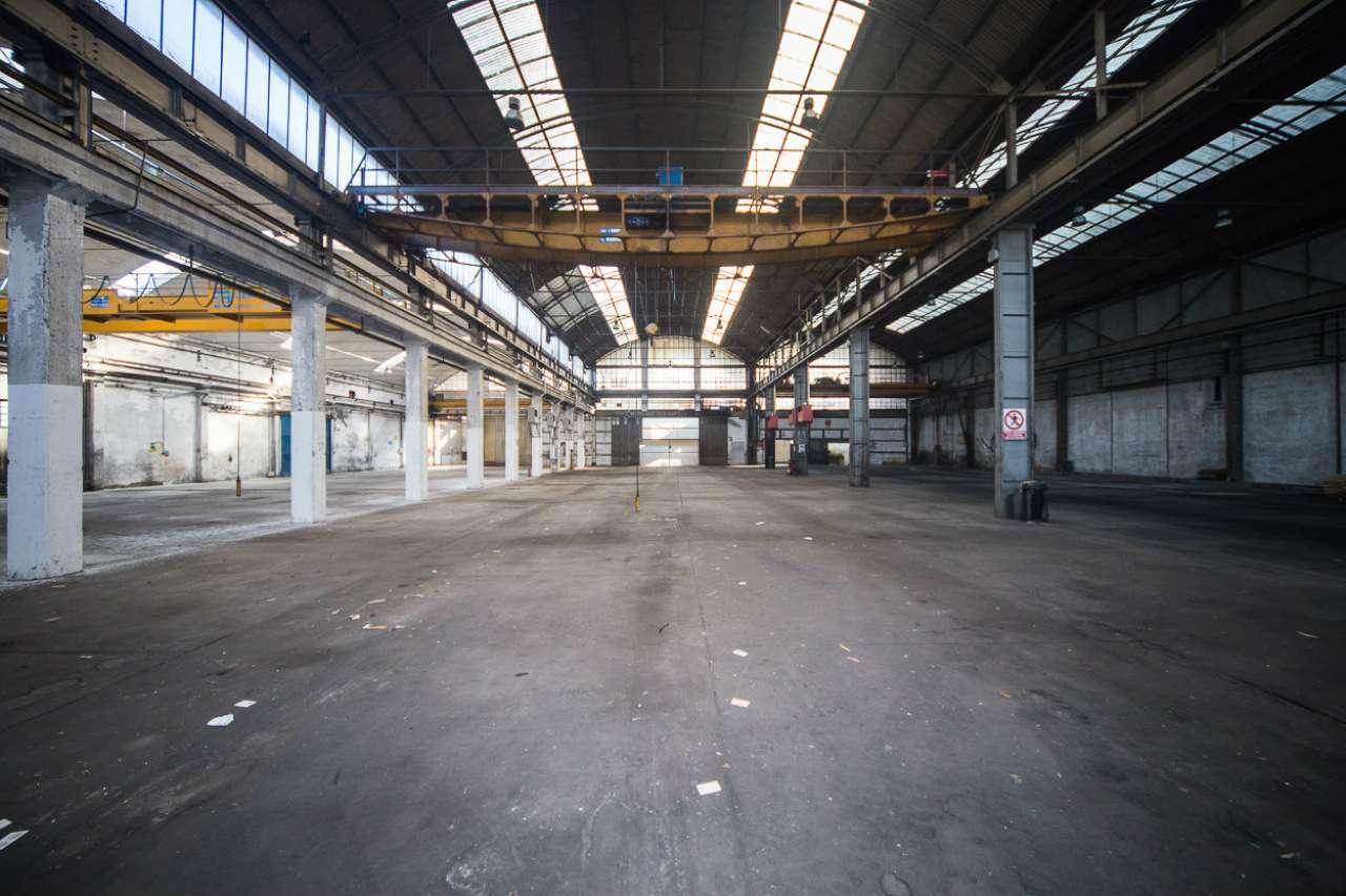 Capannone in vendita a Torino, 4 locali, zona Zona: 16 . Mirafiori, Centro Europa, Città Giardino, prezzo € 1.050.000 | CambioCasa.it
