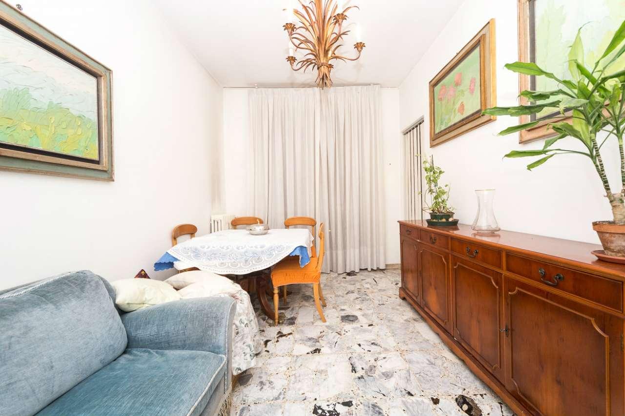Appartamento in vendita a Collegno, 3 locali, prezzo € 142.000 | CambioCasa.it