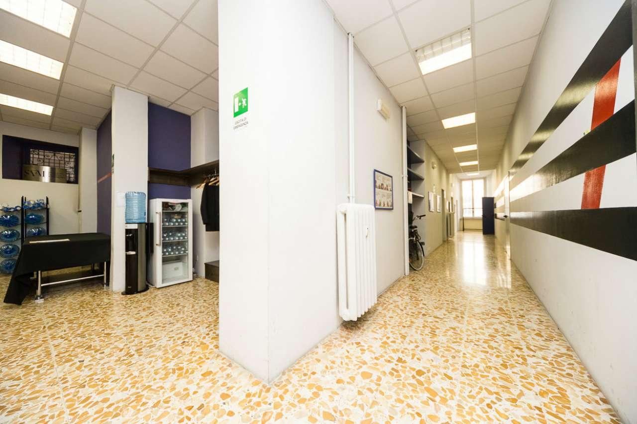 Ufficio / Studio in affitto a Torino, 7 locali, zona Zona: 1 . Centro, Quadrilatero Romano, Repubblica, Giardini Reali, prezzo € 3.200   CambioCasa.it