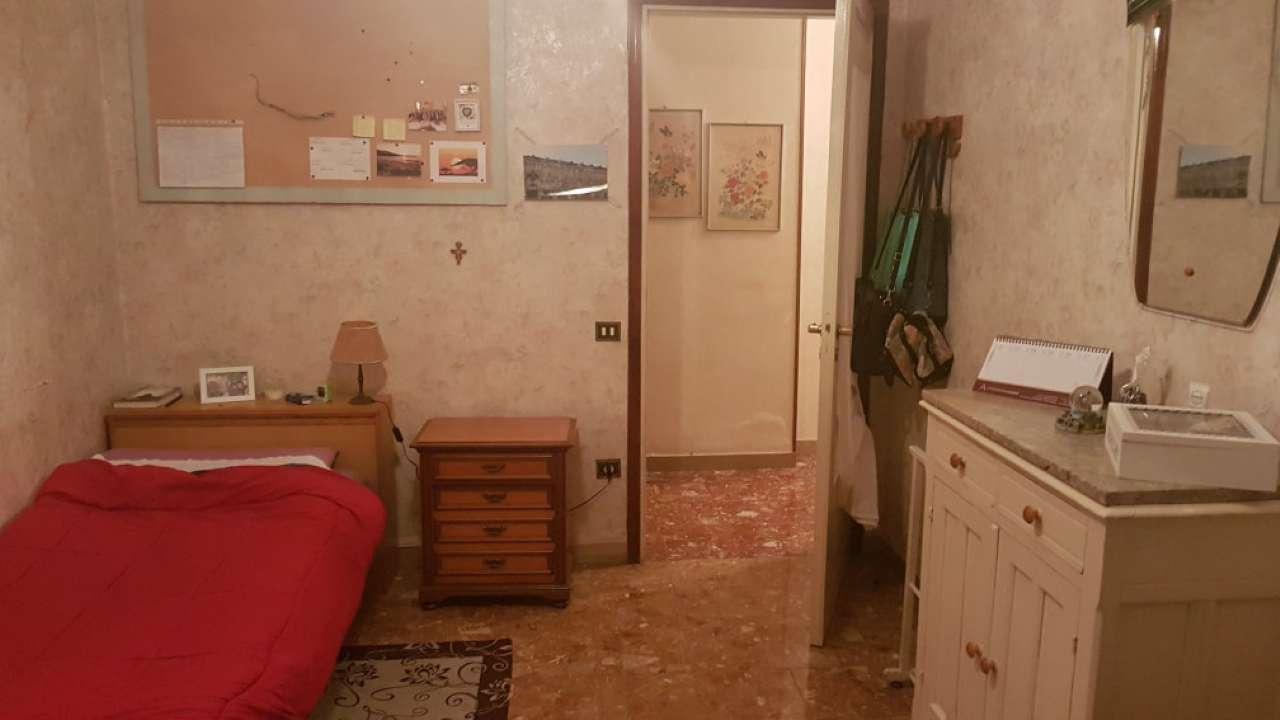 Appartamento in affitto a Torino, 4 locali, zona Zona: 16 . Mirafiori, Centro Europa, Città Giardino, prezzo € 230 | Cambio Casa.it