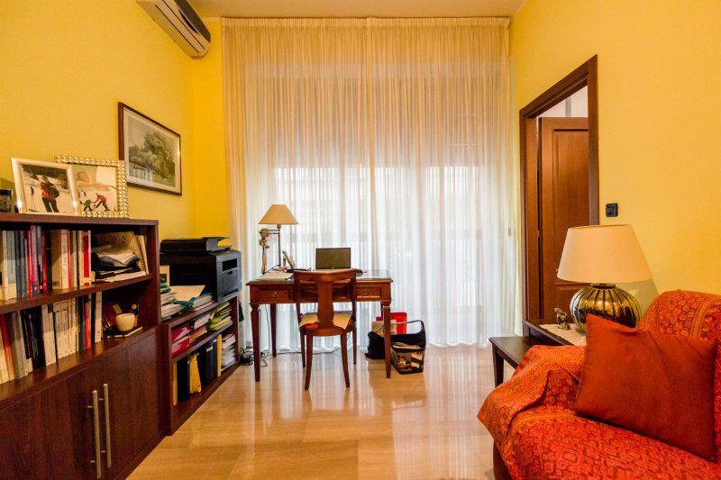 Appartamento in affitto a Torino, 2 locali, zona Zona: 1 . Centro, Quadrilatero Romano, Repubblica, Giardini Reali, prezzo € 550 | CambioCasa.it