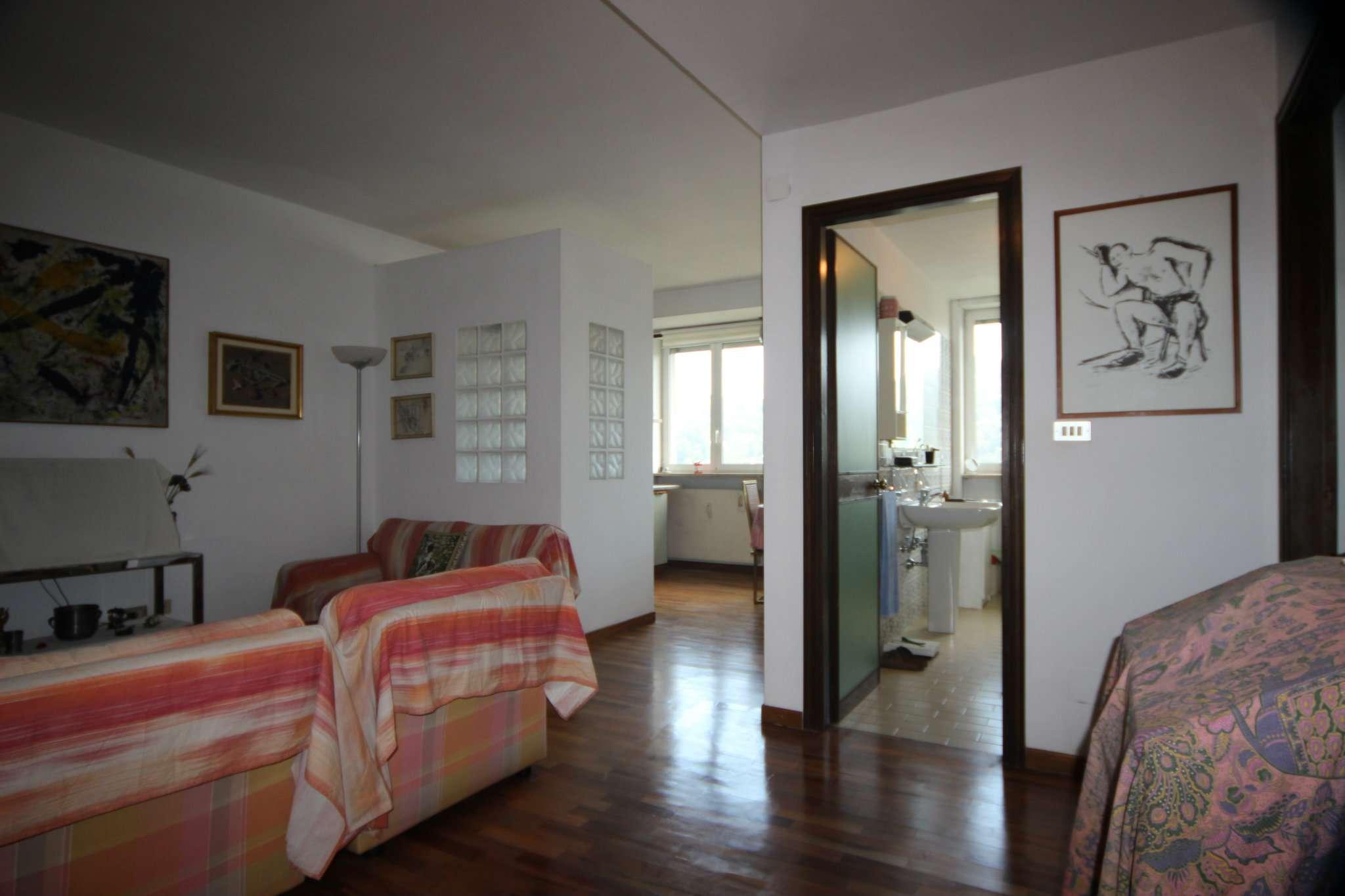 Appartamento in vendita a Torino, 3 locali, zona Zona: 4 . Nizza Millefonti, Italia 61, Valentino, prezzo € 240.000 | CambioCasa.it