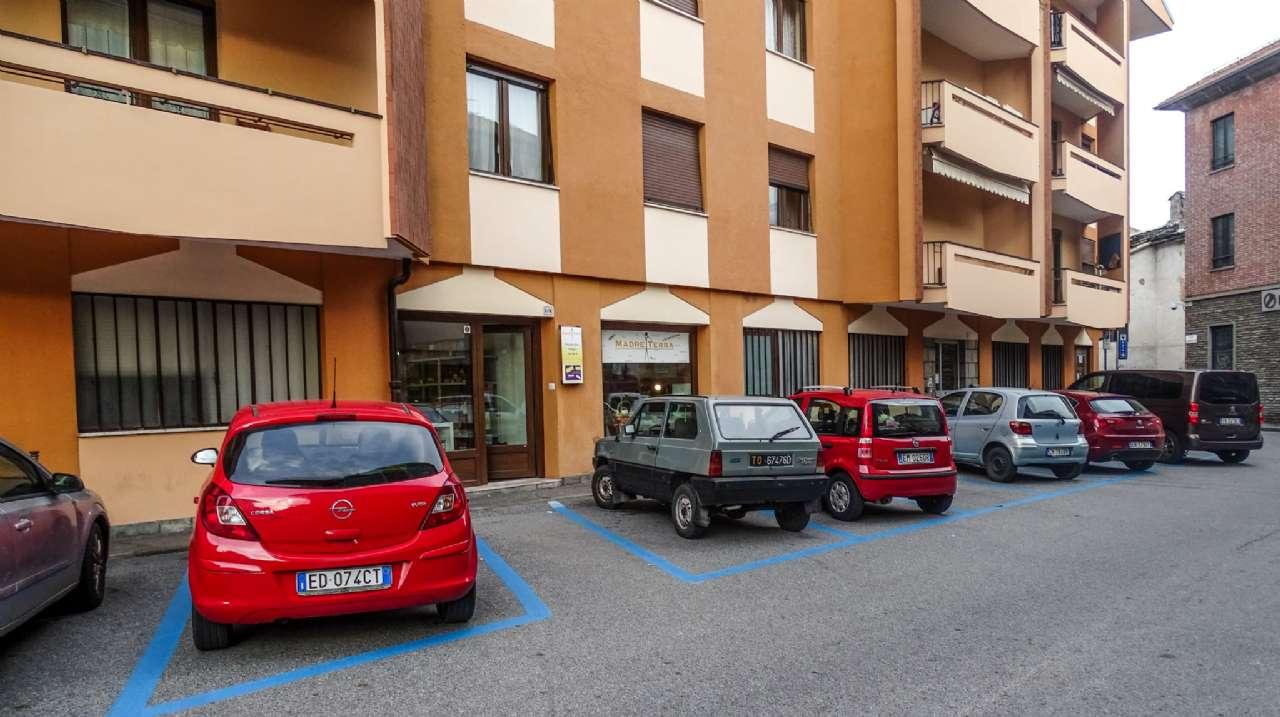 Negozio / Locale in affitto a Susa, 4 locali, prezzo € 550 | CambioCasa.it