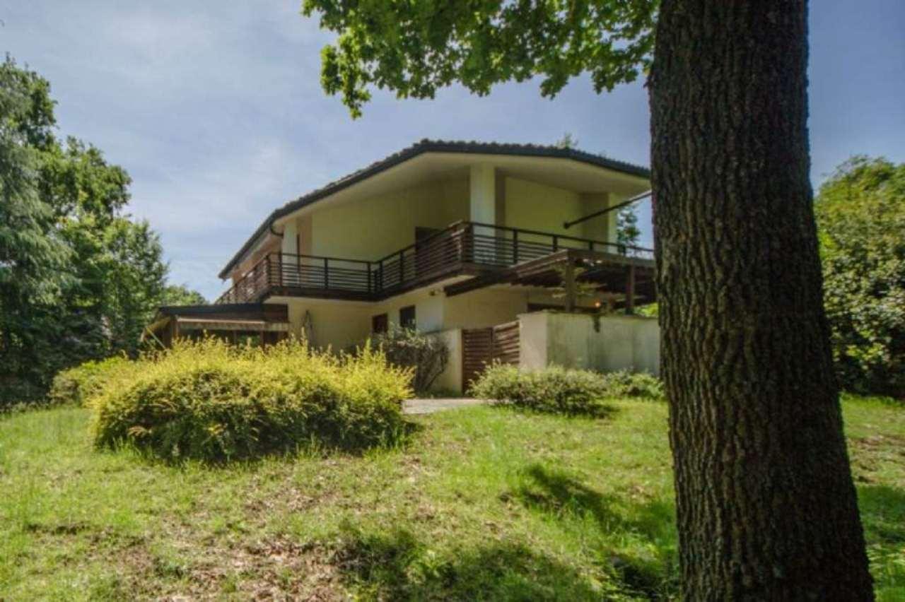 Villa in vendita a Fiano, 7 locali, prezzo € 500.000 | CambioCasa.it