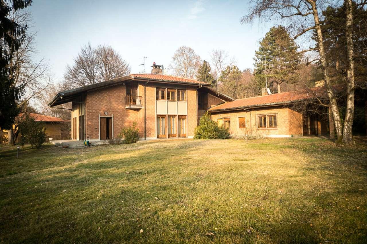 Foto 1 di Villa Bifamiliare strada San Vito a Revigliasco 177, Torino (zona Precollina, Collina)