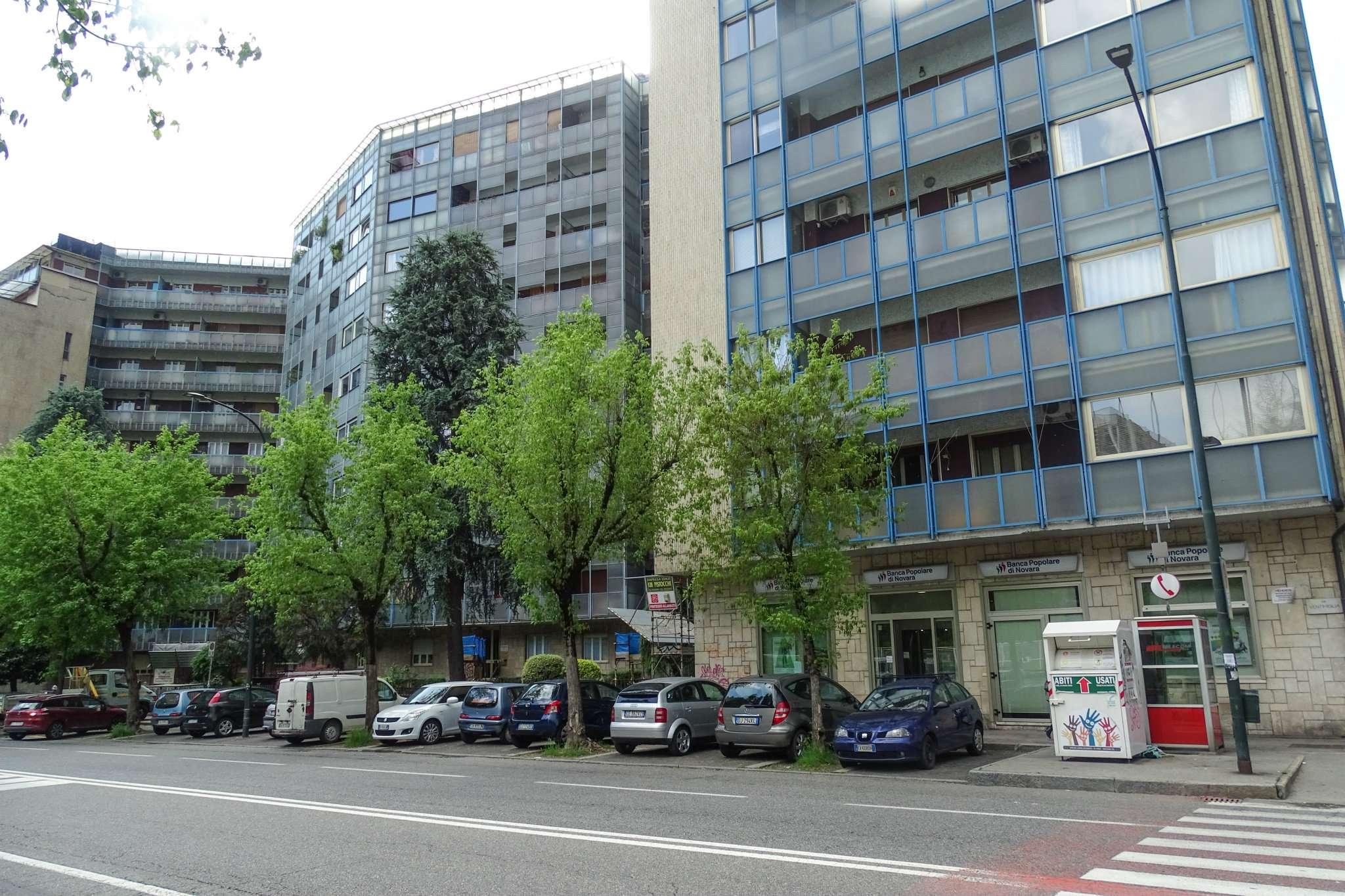 Foto 1 di Quadrilocale via Ventimiglia  198, Torino (zona Valentino, Italia 61, Nizza Millefonti)