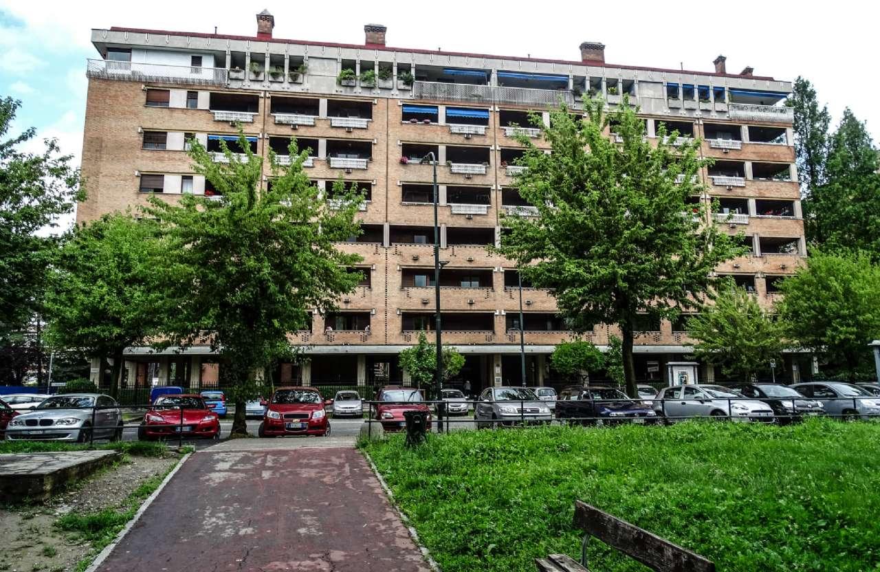 Immagine immobiliare Appartamento in vendita di cinque locali in Via Ventimiglia 104, Nizza, Millefonti, Torino Proponiamo in vendita appartamento di 150 mq. ca. sito al quinto piano all'interno del complesso residenziale denominato