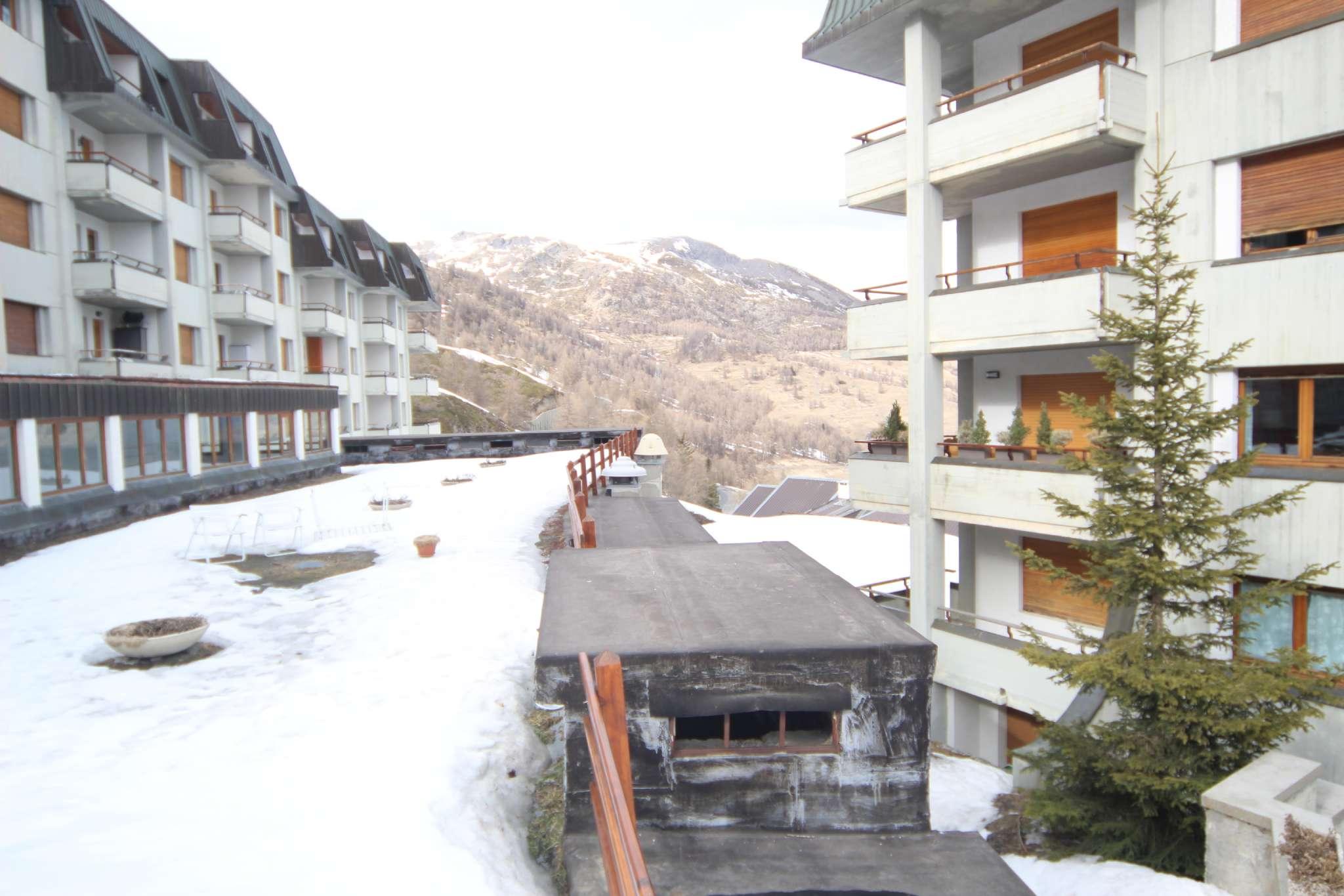 Appartamento in vendita via Al reggimento terzo alpini 8 Sestriere