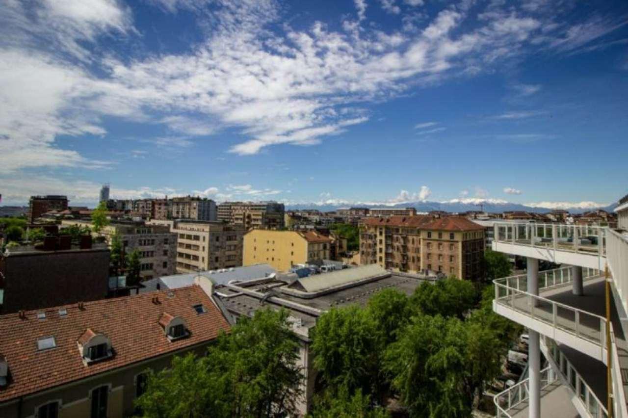 Appartamento in vendita a Torino, 2 locali, zona Zona: 4 . Nizza Millefonti, Italia 61, Valentino, prezzo € 250.000 | CambioCasa.it