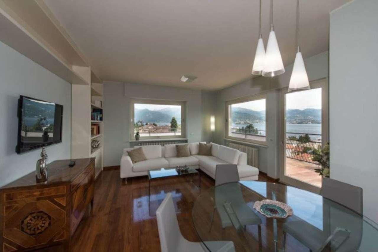 Attico / Mansarda in vendita a Stresa, 4 locali, prezzo € 600.000 | Cambio Casa.it
