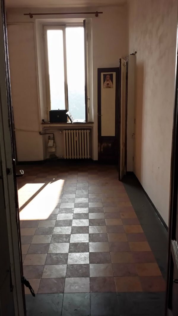 Bilocale Milano Via Petitti 7