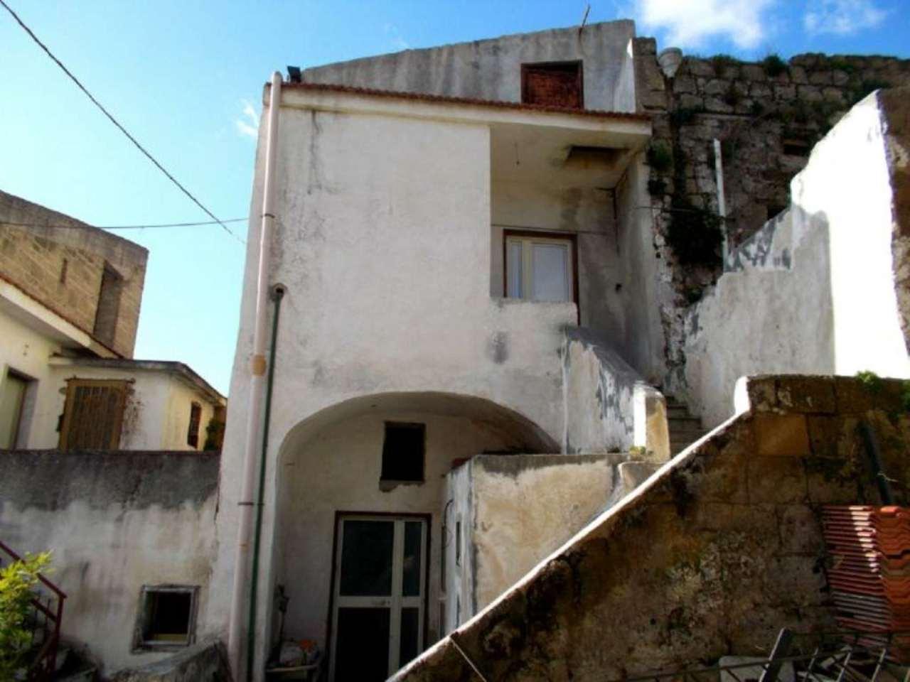 Bilocale Santa Maria a Vico Via Appia Antica 2