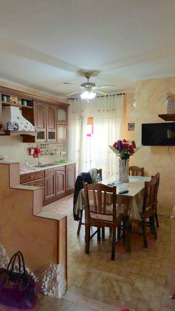 Appartamento in affitto a Santa Maria a Vico, 4 locali, prezzo € 330 | Cambio Casa.it